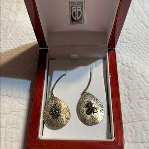Jewelry - Hand made earrings. Brand new.